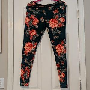 NWOT Lularoe Floral Tall and Curvy Leggings